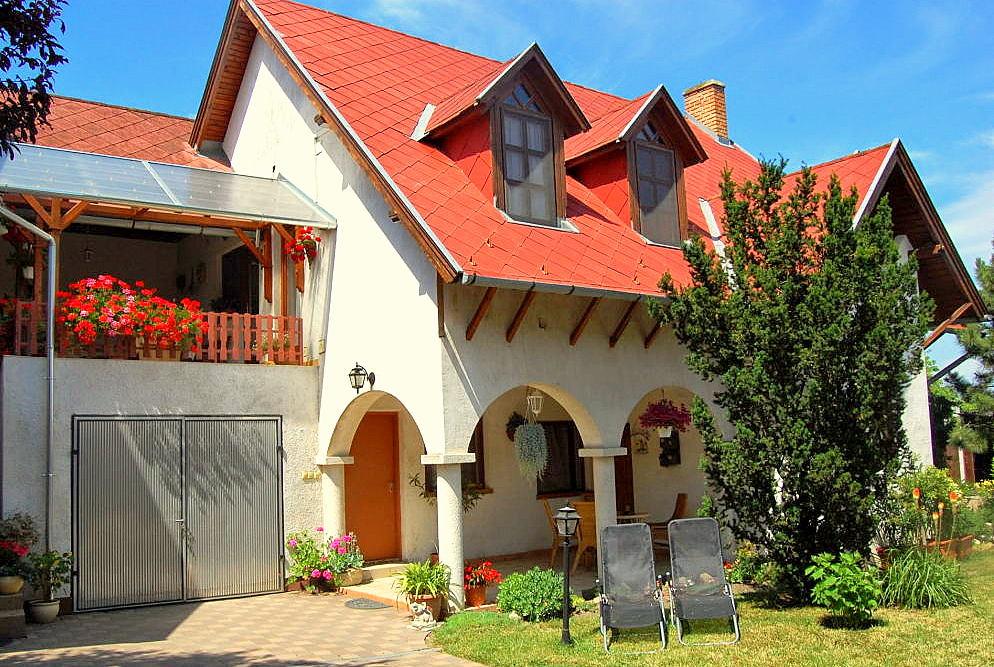 Páprika Ház In Balatonszabadi
