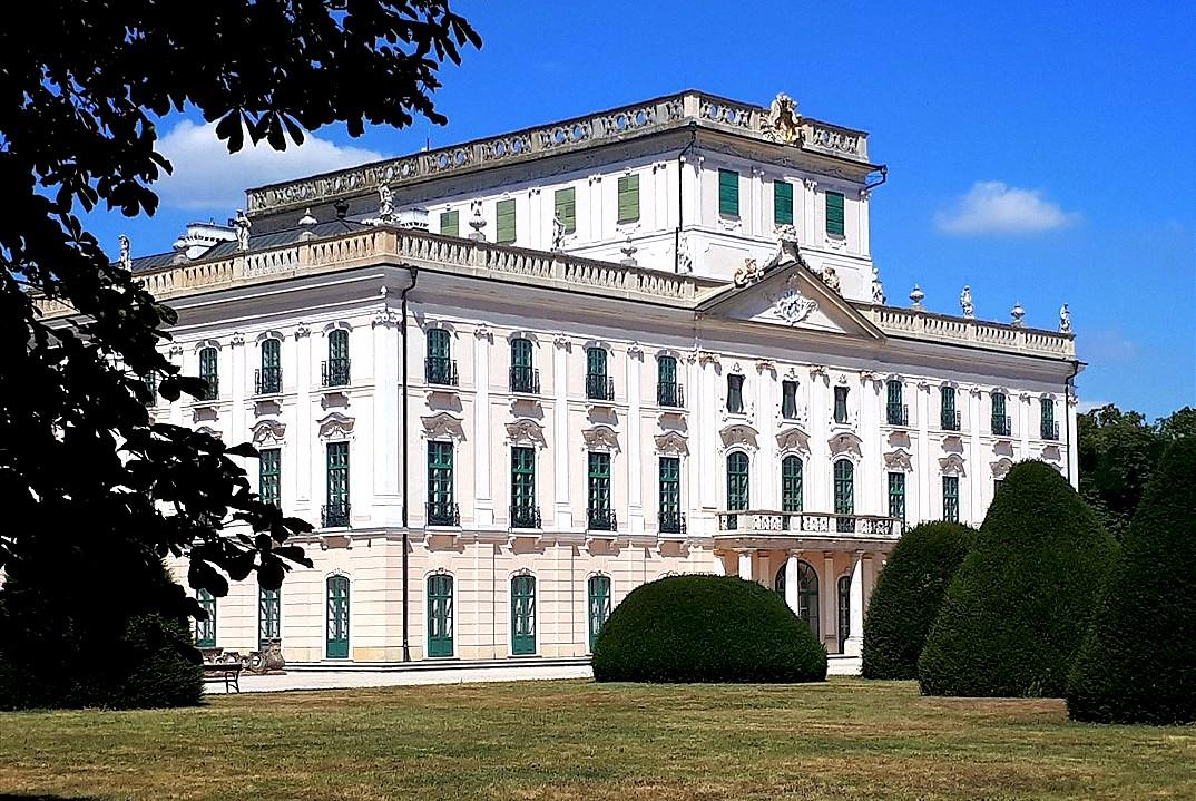 Esterházy Burg in Fertöd